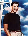Publicity photograph of Ronald Reagan in 1940s.jpg