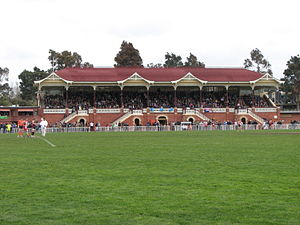 Bendigo Football League - A full grandstand at the Queen Elizabeth Oval for the 2007 Grand Final of the Bendigo Football League.