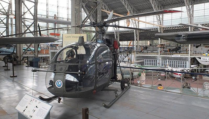 File:RMM Aérospatiale Alouette II 02.JPG