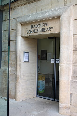 Radcliffe Science Library - Image: Radcliffe Science Library Front Entrance