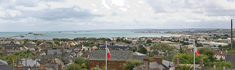 Fichier:Rade de Cherbourg.jpg
