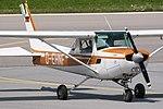 Reims-Cessna F152 II Munich Flyers D-EHNF (9297221103).jpg