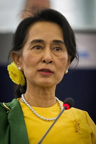State Counsellor of Myanmar - Image: Remise du Prix Sakharov à Aung San Suu Kyi Strasbourg 22 octobre 2013 18