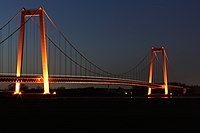 Rheinbrücke Emmerich-02.jpg