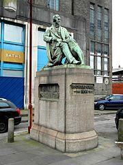 Statue of Richard Green