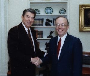 Richard Llewellyn Williams - Image: Richard Llewellyn Williams and Ronald Reagan