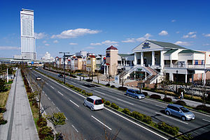 Izumisano, Osaka - Image: Rinku premium outlets 01s 3200