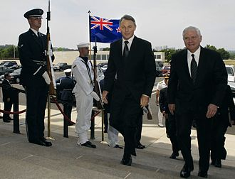 Phil Goff - Goff and U.S. Secretary of Defense Robert Gates walk into the Pentagon, 11 May 2007.
