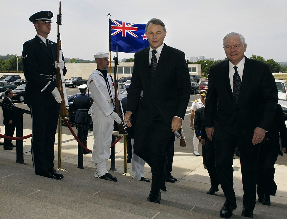 Robert M. Gates and Phil Goff walk into the Pentagon.jpeg