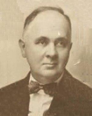 Roland E. Chase - Image: Roland E Chase 1920 square