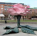 Rosen av Jitka Svensson, skulptur i Malmö.jpg