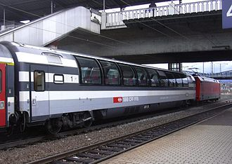 Rätia (train) - A first class panoramic coach on the service at Freiburg Hbf in 2005.