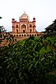 Safdarjung Tomb, Yatish Jain 2.jpg