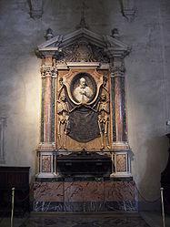 San Pietro in Vincoli tomb 3.jpg