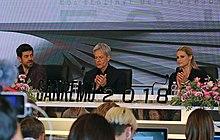 Favino, Claudio Baglioni e Michelle Hunziker al Festival di Sanremo 2018.