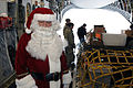 Santa Claus and C-17 Globemaster (5 of 15).jpg
