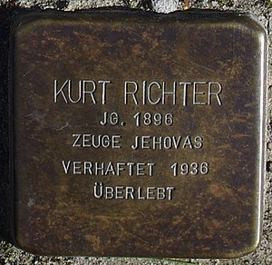 Sassnitz, Weddingstr. 12, Stolperstein Kurt Richter.jpg