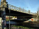 Schnewlinbrücke über die Dreisam und B 31a in Freiburg mit Jugendstilgeländer 10.jpg