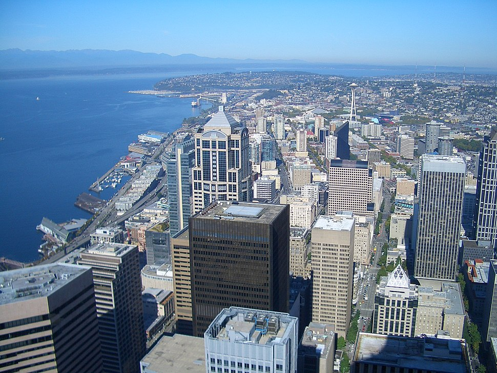 Seattle-Columbia-Center-looking-north-2320