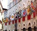 Siena - Palazzo Chigi-Saracini 01.JPG