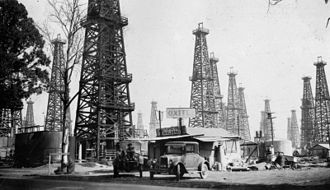 Long Beach Oil Field - Signal Hill oil field in 1926