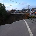 Sinkhole on U.S. 101 near Harbor (24064307443).jpg
