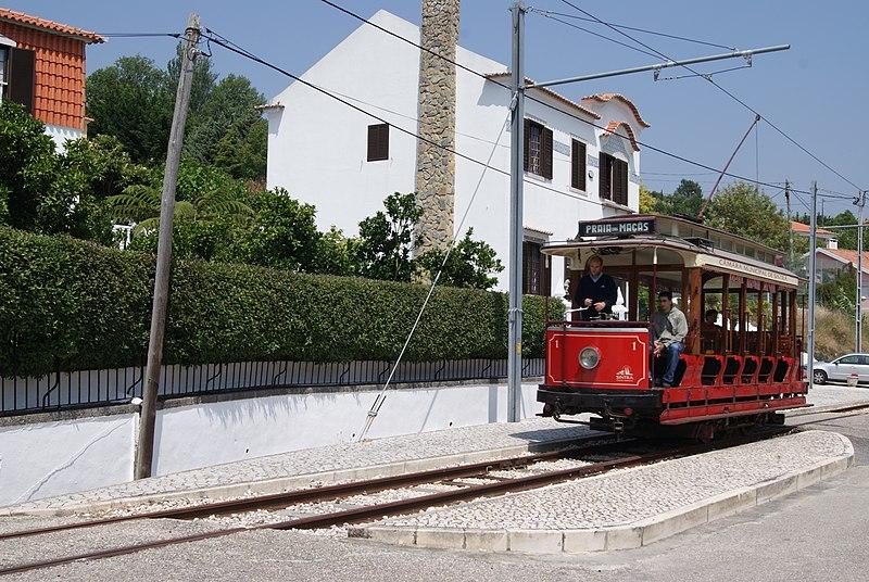 800px-Sintra_tram_1_in_2010.jpg