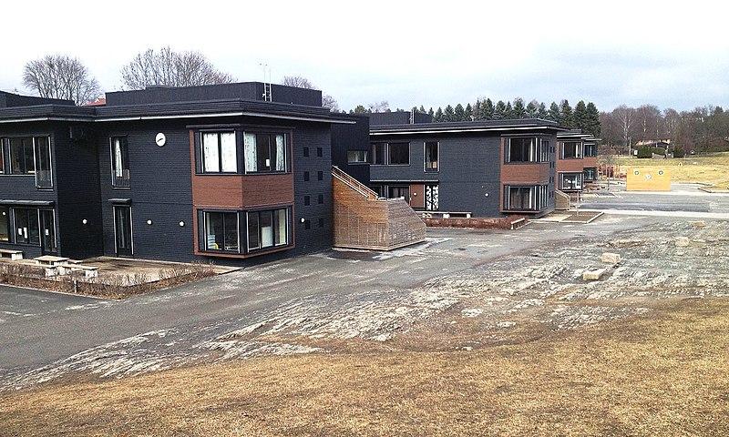 File:Skøyen skole 1.JPG