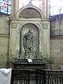 Soissons (02), cathédrale, chapelle rayonnante sud, autel et retable de saint Valère 1.jpg