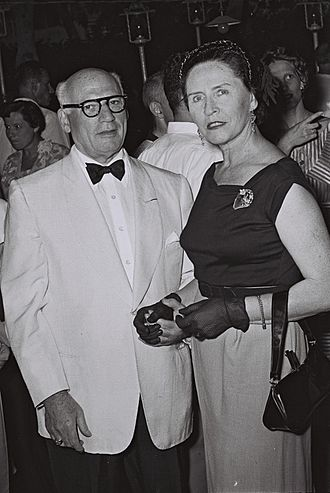 Sol Hurok - Sol Hurok with actress Hanna Rovina (1954)