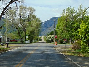 South at Main Street & 1600 South in Mapleton, Utah, Apr 16.jpg
