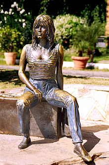 Statua di Brigitte Bardot di Christina Motta a Buzios