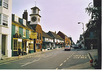 Steyning - Image: Steyning High Street, Looking South east. geograph.org.uk 175394