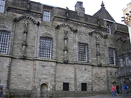 East facade of the Royal Palace with Renaissance-period statues Stirling Castle Palace from Outer Close.jpg