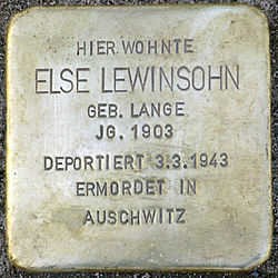Photo of Else Lewinsohn brass plaque