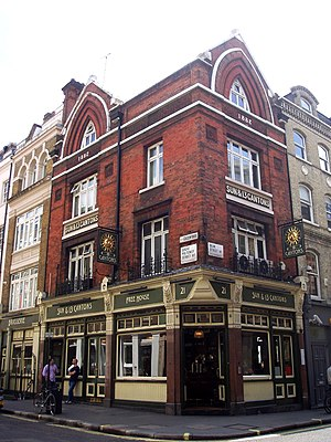 Beak Street - The Sun and 13 Cantons pub on the corner with Great Pulteney Street.