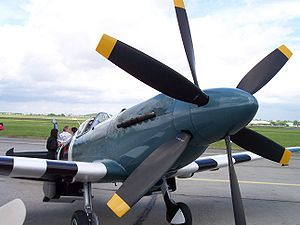 Contra-rotating propellers - Contra-rotating propellers of a Spitfire Mk XIX