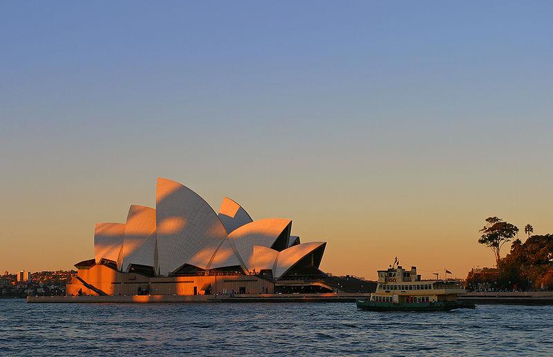 Súbor:Sydney opera house sunset.jpg