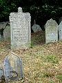 Třešť Jüdischer Friedhof - Grabsteine 2.jpg