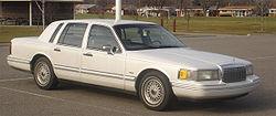 1993-1994 Lincoln Town Car