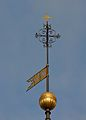 Tallinna Niguliste kirikutorni muna ja tuulelipp.jpg