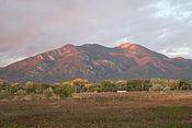 Taos Mountain at Sunset (2973710102).jpg