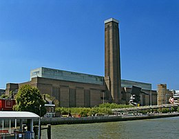 Tate Modern viewed from Thames Pleasure Boat - geograph.org.uk - 307445.jpg