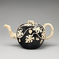 Teapot MET DP-13600-019.jpg