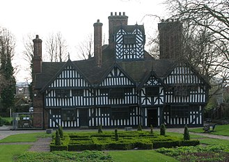 Black Country - The Oak House, West Bromwich. A Yeoman Farmer's house dating from the late 16th or early 17th century, it represents a rare surviving building from the pre-industrial Black Country