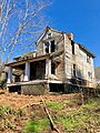 The Old Shelton Farmhouse, Speedwell, NC (47379134262).jpg