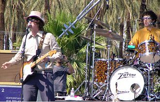 The Zutons - The Zutons live Coachella 2006