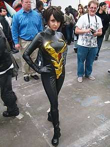 The divine ms. van dyne (4021655108).jpg