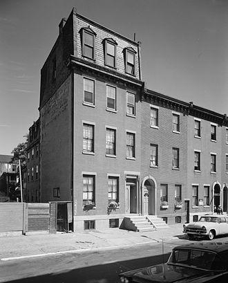 Thomas Eakins - Thomas Eakins House at 1729 Mount Vernon Street, Philadelphia. Benjamin Eakins added the 4th floor in 1874 as a studio for his son.