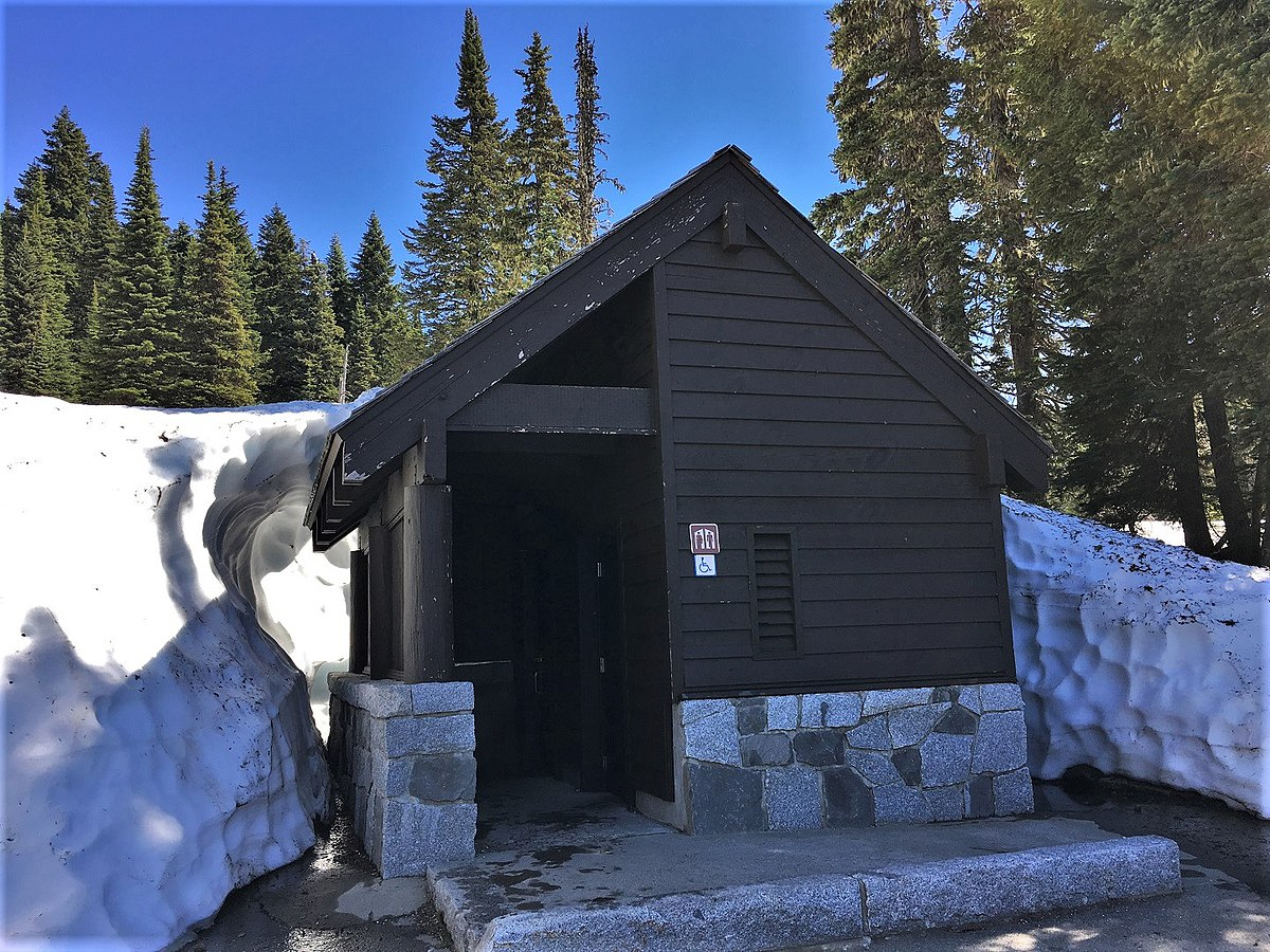Nearest Service Station >> Tipsoo Lake Comfort Station - Wikipedia